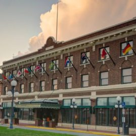Hotel Pattee (Perry, IA)